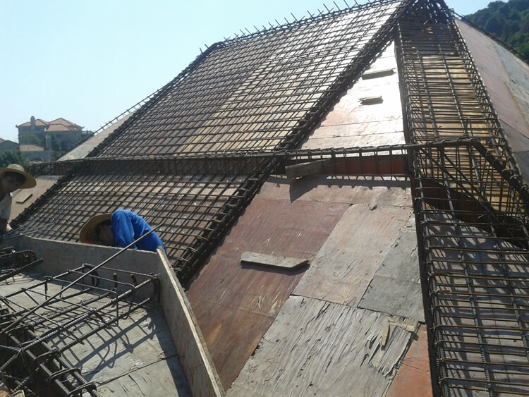 凤凰城别墅防雷焊接