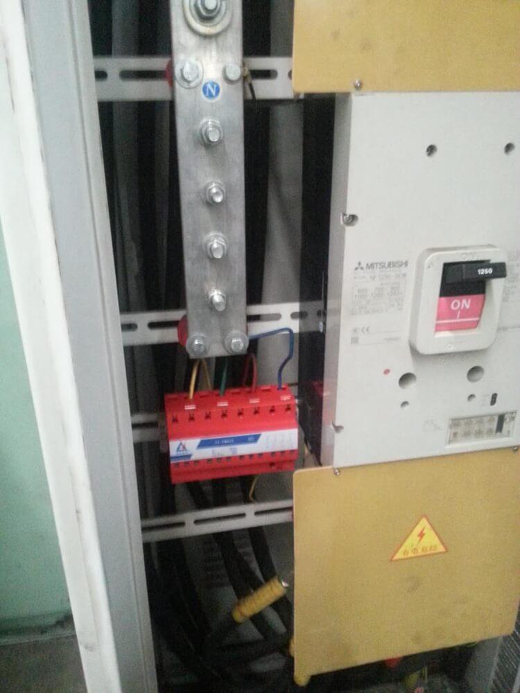 电源一级防雷器安装